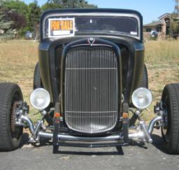 32 Ford 3 Window Coupe Choped Not Channeled - 06SEP13