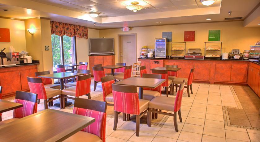 choicehotels.com/florida/pensacola/comfort-inn-hotels/fl712#!